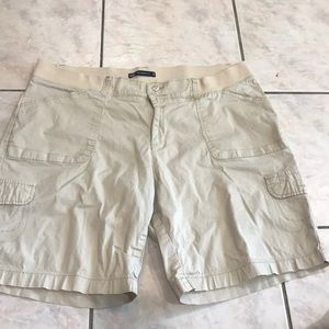 LEE relaxed fit shorts size 18w medium